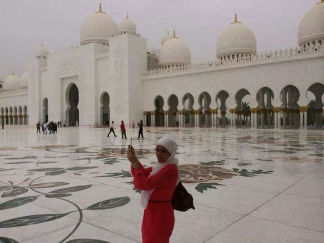 Snapshots Of Life White Beautifulmasjid Travelling UAE Abudhabi Lastyearmemory Islam That's Me