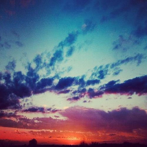 Sunset I took a few days ago. Thinking about the order of Creation (Gen 1) #jj #gcs #godsartwork #godscreation#photooftheday#the_guild#sunset#sky#clouds#sun#christfollowers #instaaaaah#instagood#instagramhub #igers #igersmissouri #igdaily Sun Christfollowers Sunset Sky Photooftheday GCS Igers IGDaily Jj  Instagood Instaaaaah Instagramhub The_guild Jj_forum_0316 Igersmissouri Godscreation Clouds Godsartwork