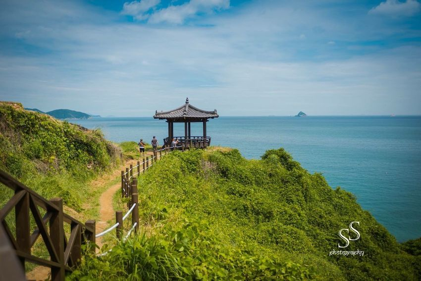 A beautiful view from Southern coastline in South Korea Beauty In Nature Sky Scenics Horizon Over Water