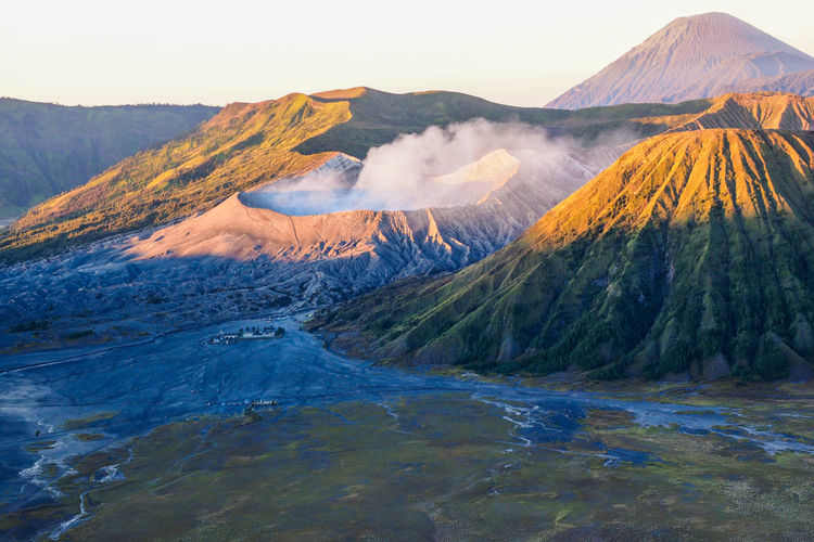 bromo Landscape Mountain Nature Scenics Outdoors Beauty In Nature Sunrise