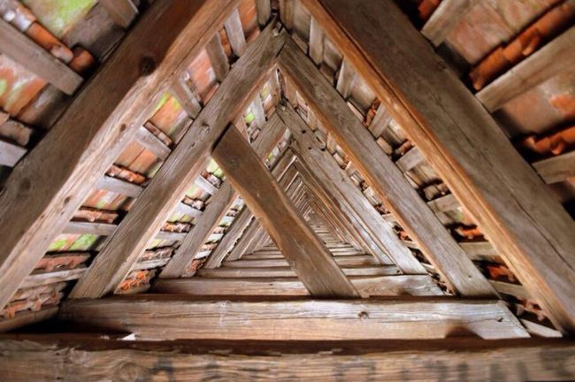 Wood - Material Indoors  Architecture No People Built Structure Day Close-up Rothenburg Rothenburg Ob Der Tauber Perspective Olefingirl Hidden Places