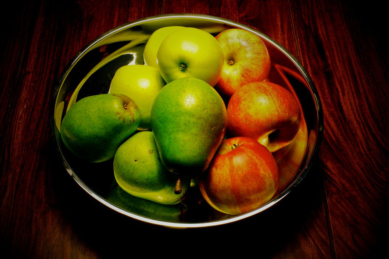 Fruit Food And Drink Food Healthy Eating Freshness Wellbeing Still Life Table No People Bowl Apple - Fruit Indoors  High Angle View Close-up Apple Container Group Of Objects Directly Above Basket Green Color
