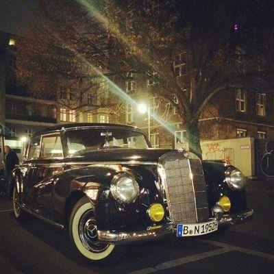 Benz in Moabit Mercedes Mercedesbenz Benz Moabit Oldtimer Altekarrenbattle