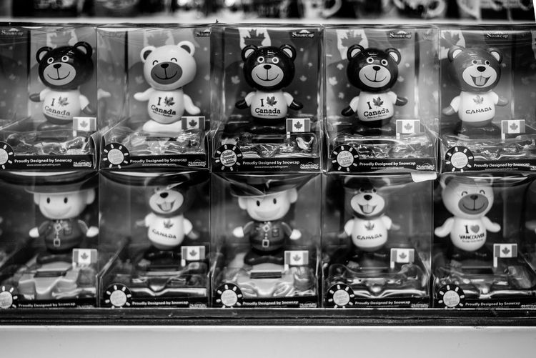 Technology Choice For Sale Retail  In A Row Retail Display Store No People Variation Sale Number Repetition Collection Communication Machinery Arrangement Price Tag Large Group Of Objects Side By Side Indoors