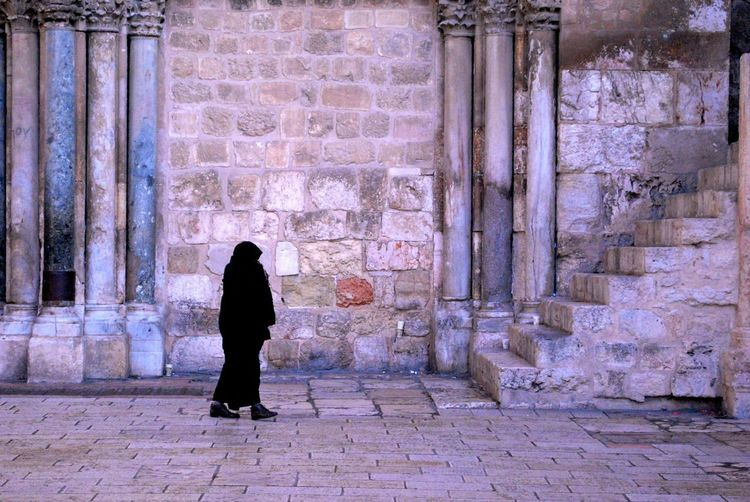 Architecture Landscape Walking Around Old Buildings Walkway Stone Buildings Brick Building Stone Wall Passageway Stone Pavement Passage Passages Architektur Walking Woman Dressed In Black  Israel Middle East Church Stairs Stair Stairways Staircase Column Columns