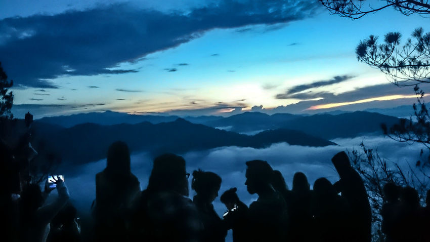 Kiltepan Peak Shadows And Silhouettes Sunrise And Clouds People And Nature Waiting For The Sun Dawn Sagada Adventure Tourists Taking Photos Of People Taking Photos Breathtaking View Blues Blue Sky Cloudscape