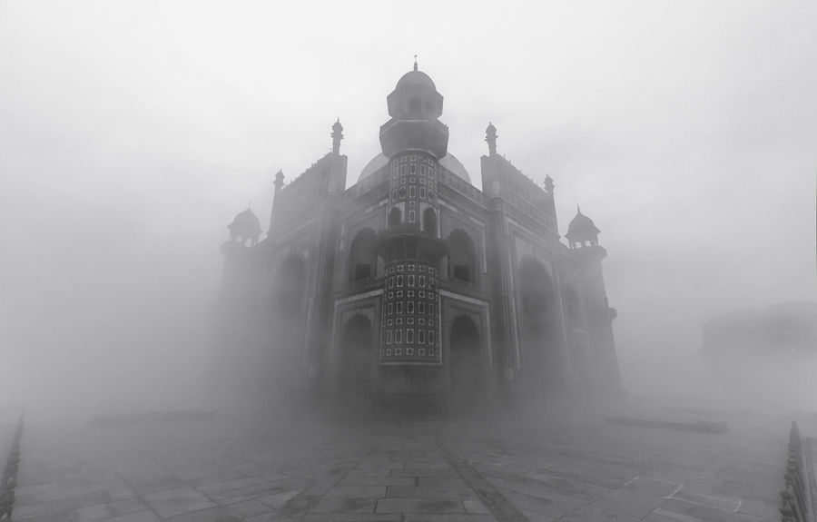 Safdarjung Tomb in a Foggy Morning, Delhi Architecture_collection Delhi Eyeem Architecture India Abstract Architectural Feature Architecture Black And White Black And White Architecture Black And White Photography Blackandwhite Bnw Building Exterior Built Structure Dome Fog Foggy Foggy Morning Mist Moody Outdoors Safdarjungtomb Travel Destinations