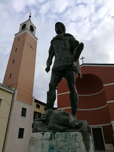 History Statue Travel Destinations Architecture Sword The Past Cloud - Sky Low Angle View Sky Pyramid Built Structure Ancient Monument Sculpture Outdoors Warrior - Person Day Adult Building Exterior People San Michele Color Photography The Purist (no Edit, No Filter) Capture The Moment Outdoor Photography Art And Craft Human Representation Male Likeness Creativity No People