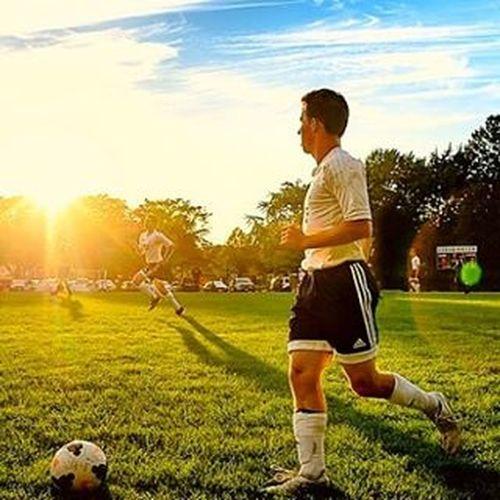 Soccer Football Forward Soccerplayer Footballplayer  Sportsphotography Sunflare Sport Futbol Football Fever