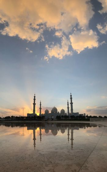 Reflection Abu Dhabi SheikhZayedMosque Sheikh Zayed Grand Mosque Mosque Sky Architecture Built Structure Sunset Building Exterior Reflection Cloud - Sky Water Outdoors No People Day