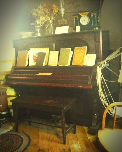 43 Golden Moments Piano Lover Uprightpiano Vintage Piano Times Past Gather Friends Taking Photos Check This Out Hello World Enjoying Life Rustic Rustic Home Music
