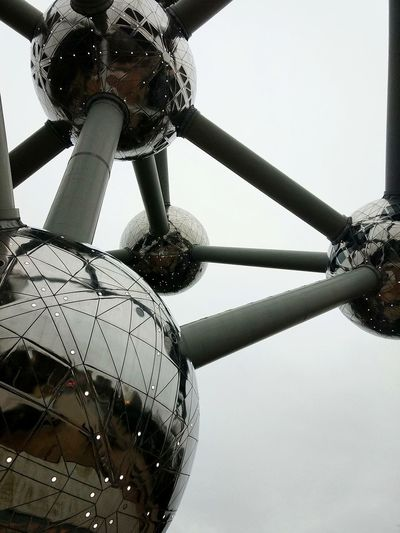Brussels, Belgium. Atomium Brussel Perspective Clody Sciencebuilding Buildings & Sky No People Bigconstruction Round Shape EyeEmNewHere Modern Architecture Travel Destinations