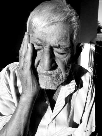 Senior Adult Adult One Man Only Head In Hands People Retirement Adults Black & White The Week On EyeEm The Portraitist - 2018 EyeEm Awards