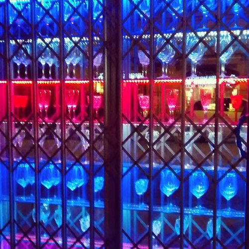 Corso Canalchiaro di notte Volgomodena Vivomodena Visitmodena Ig_emiliaromagna Ig_modena Colors Reflection Glass Lovemodena Buongiornomodena The Street Photographer - 2016 EyeEm Awards