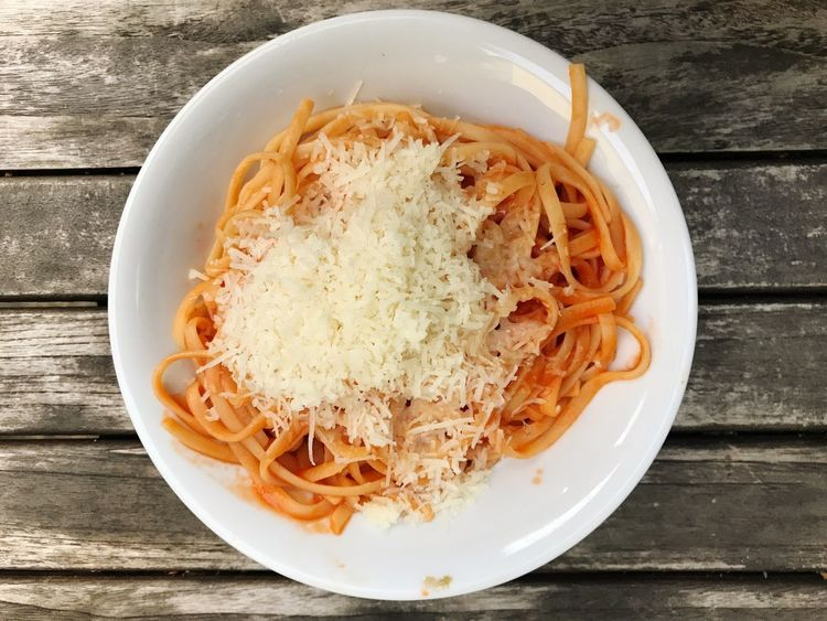Spaghetti Pasta Noodles Italian Food Spaghetti Carbonara Parmesan Bowl Food And Drink Table Wood - Material Indoors  Food No People High Angle View Freshness Grated Close-up Healthy Eating Ready-to-eat Day Spaghetti Bolognese