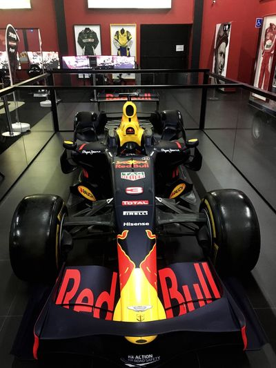 Aston Martin Formula 1 Formula One Racing Red Bull Racing F1 Car Car Racing Car Brazil Machina Auto Monoposto