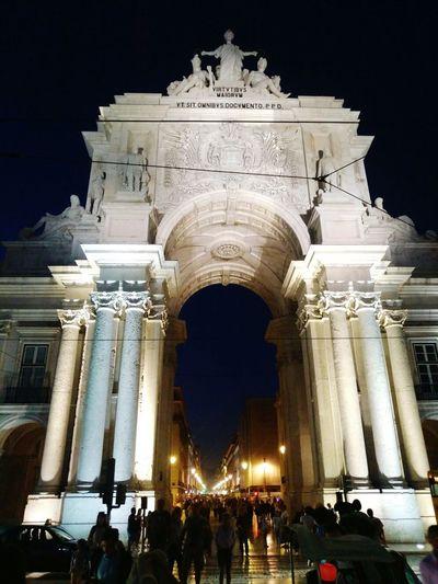 Lisbon by night!!! Arch