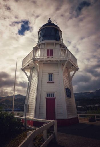 Akaroa Head Lighthouse Lighthouse Interesting Architecture Architecture Stunning Scenery Eye4photography  EyeEm Best Shots Atmospheric Landscape_Collection Clouds & Sky Colours Of Nature EyeEm Best Edits EyeEmBestPics EyeEm Interesting Buildings Landmarks Architectural Design Coastal New Zealand Scenery New Zealand Landscape New Zealand Stunning Skies Red Door