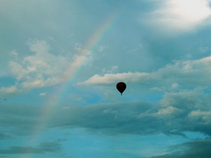 Adventure Beauty In Nature Cloud - Sky Cloudy Flying Hot Air Balloon Nature Scenics Sky Sun Tranquil Scene Rainbow Rainbow🌈 Rainbows Rainbow Sky The Great Outdoors - 2016 EyeEm Awards Vang Vieng Laos Laos Collection