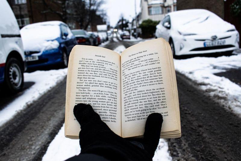 Car Book Snow