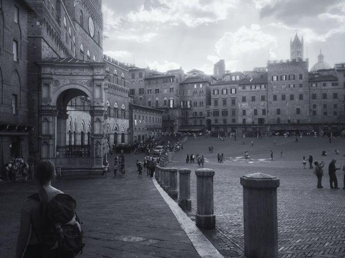 The Traveler - 2015 EyeEm Awards Visual Witness EyeEm Traveling Siena Shootermag Blackandwhite Shades Of Grey