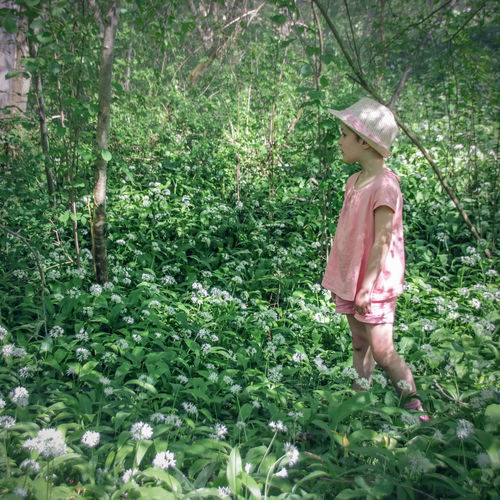 Miribel Le Grand Large Spring Springtime Springtime Flowers Green Forest Forest Photography Forestwalk Plant Tree One Person Land Full Length Green Color Day Nature Growth Women Leisure Activity Standing Outdoors Childhood Child Girl Hat Pink Color Three Quarter Length Real People Clothing Rear View Obscured Face Flowers Ail Des Ours