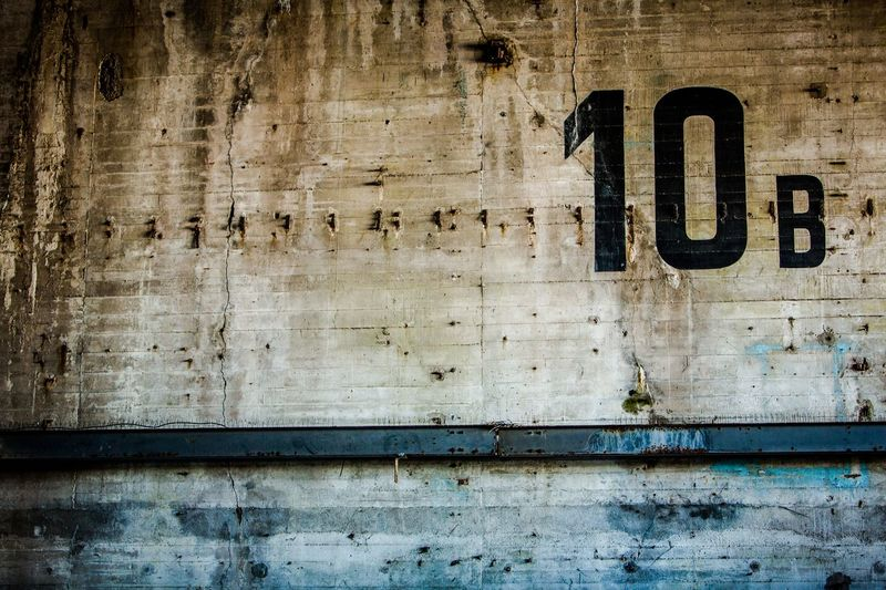 10B wall Mur