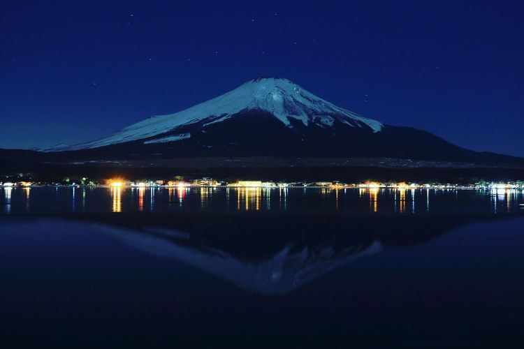 Sky 風景 夜景 Amazing Canon Canonphotography Travel Travel Destinations Landscape Nature Nature_collection Mt.Fuji 富士山 Japan 写真好きな人と繋がりたい Wonderful Hello World Night Reflection Lake Outdoors Nature Clear Sky Beauty In Nature Snow