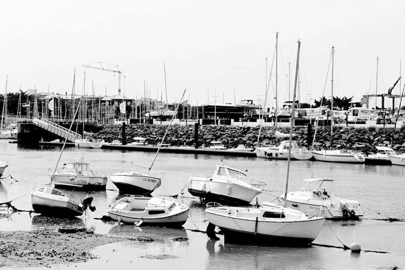 Bateau Boat Blackandwhite Noir Et Blanc Blancoynegro Port Canon Canonphotography Canon1200d