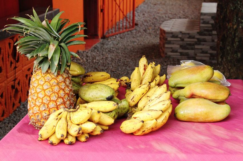 Hello World Hello Seychelles Fruits Banana Pineapple Mango Passionfruit Healthy Eating Freshness Close-up Enjoying Life Taking Pictures Click Click 📷📷📷 Seychelles Islands Real Life Paradise Traveling Exploring Colorful Seychelles Details Freshness Colorsplash Africa