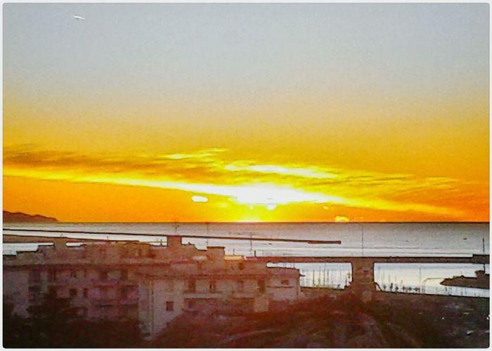 Orange Sunrise_sunsets_aroundworld Sunrise Alba Clear Sky Early Morning Sunrise Over Sea Mar Ligure S3 Mini Smartphone Photography Mobilephotography City Cityscape Urban Skyline Sunset Multi Colored Yellow Sky Dramatic Sky Horizon Over Water Scenics