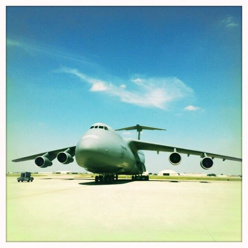 Now this is the plane to fly on! C5 Lackland USAF Lockheed