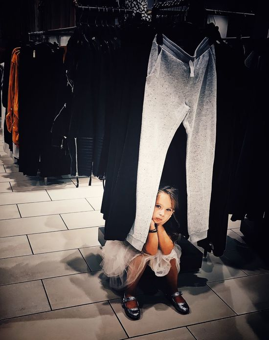 Shopping Streetphotography Street Photography Streetphoto Street Photo Public Places Fashion Fed Up Little Girl