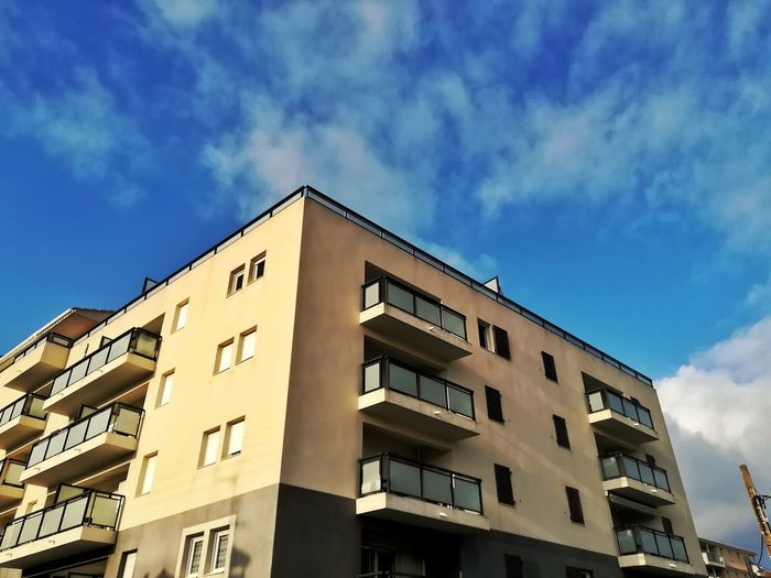 Mobile Photography Modern Window Built Structure Cloud - Sky Residential District Residential Structure Residential Building