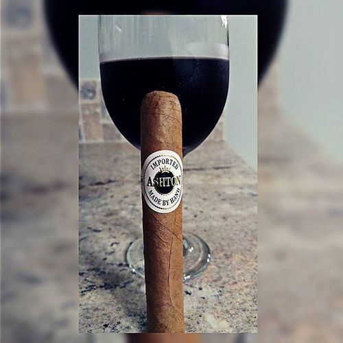 Perfection. A night for Redwine and @ashtoncigar Enjoy your Stpaddysday Nowsmoking Cigars Ashtoncigars Xikar Cigarlover Cigarsocial