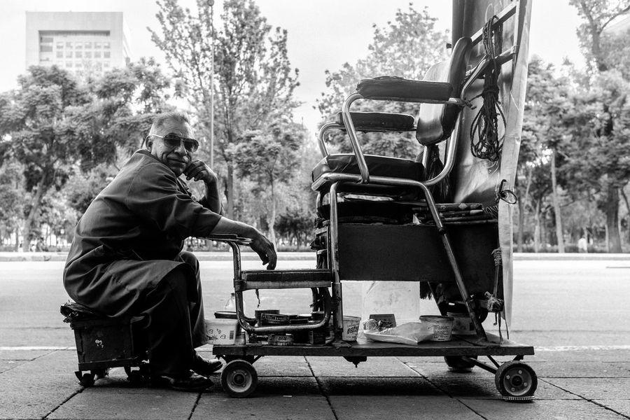 A black and white street portrait Mexico Mexico City Portraits Public Transportation Cdmx Day One Person Portrait Portrait Photography Sitting Stranger Street Street Photo Street Photographer Street Photography Streetphoto_bw Streetphotography