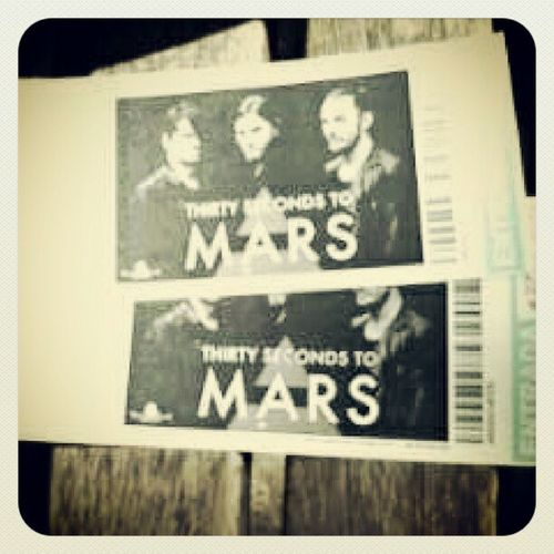 Only 7 days!!! See you in Madrid 30secondstomars Jaredleto Shannonleto Youmeatsix