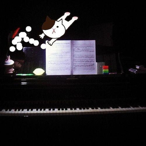 在黑暗中找灵感,这feel太棒!Piano Instapiano Feel