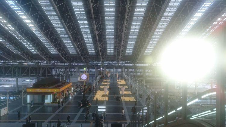 駅の朝 Architecture Built Structure Indoors  Skyscraper Illuminated No People Night