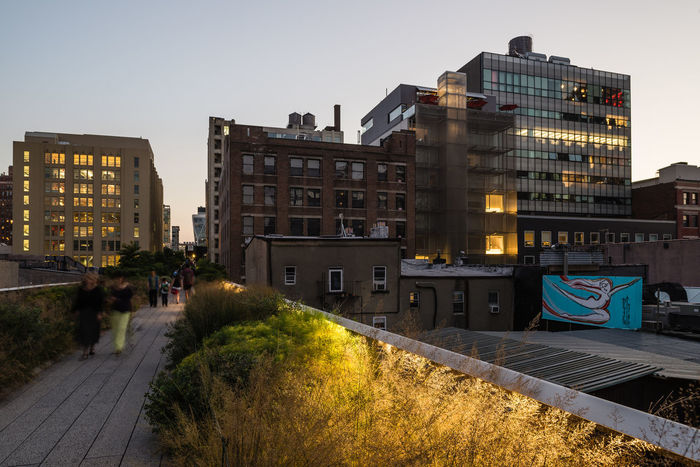 Architecture Chelsea Chelsea Market City City Life High Line High Line Park, Nyc Meatpacking District Modern Street Art Nyc Highline Chelsea Sunset Sunset_collection The High Line Urban USA USAtrip