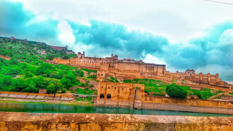 A proud😊 HDR Hdr_Collection Hdr Edit Hdrphotography Photography Jaipur Jaipur Rajasthan Jaipurdiaries India EyeEmNewHere EyeEm Best Shots Nature Amber Fort ForTheLoveOfPhotography Amerfort Amerfortjaipur EyeEmNewHere Outdoors Day Landscape Nature No People Beauty In Nature Water An Eye For Travel The Graphic City