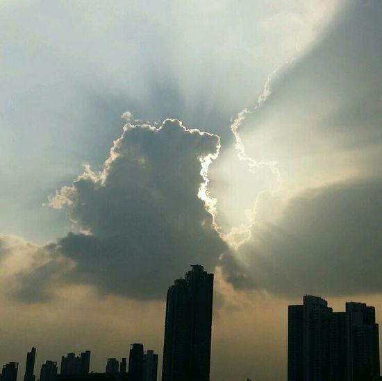 Sun Light Cloud