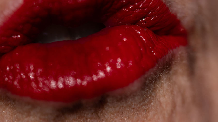 Newspeak Graceless My Best Photo Cinematic Kiss #NotYourCliche Love Letter Small Talk Orwell Fake News Freedom Is Slavery Expressionism Newspeak 1984 Don't Speak  The Speaker Speaker Rouge Love Mouth Temptation Lips Close-up Red Full Frame Studio Shot Extreme Close-up Ishootforaliving