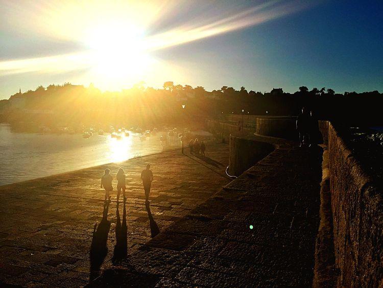 Bretagnetourisme Coucher De Soleil Sunset Jetée Pier Sea Mer Port Harbor Bretagne Tombées De La Nuit