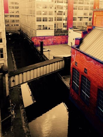 Architecture Manchester Aerial View Of Manchester Colorsplash Canal Manchester Canal Looking Down Buildings Urban Street Streetphotography Street Photography Urbanphotography Town City Cityscape