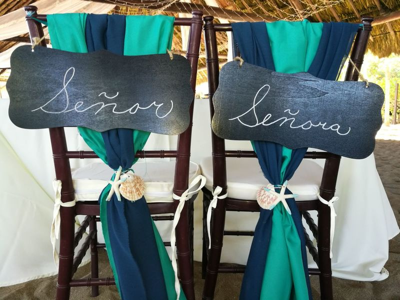 Text Day Tradition Outdoors Close-up Adults Only People Adult Green Just Married Beach Wedding Playa Del Carmen Wedding Indoors  No People Celebration High Angle View Table Place Setting Chair Señor Y Señora Just Married! Wedding Reception Playa Del Carmen Quintana Roo  Beauty In Nature Let's Go. Together.