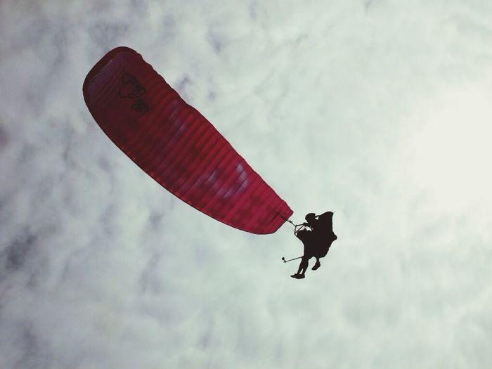 Alex Paraglide Hello World