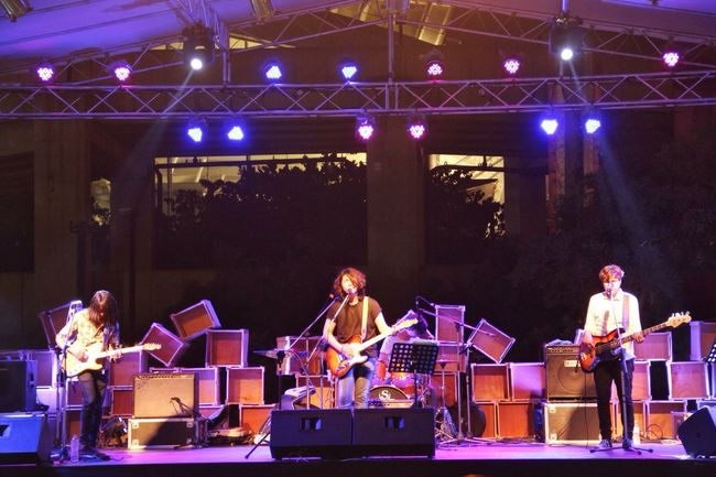 ArtBox Bangkok- Live band 👍👍 Traveling Bangkok Thailand. Artboxbangkok The Traveler - 2015 EyeEm Awards Streetphotography Bangkok