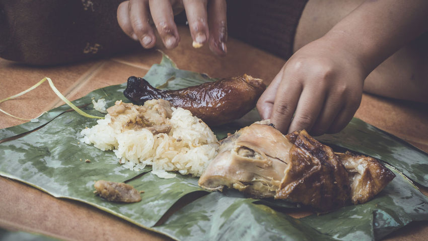 Eating Eating Good Grilled Chicken Lifestyle Banana Leaf Eat Eat Eat And Eat Eating Healthy Food Grilled Chicken .Thailand Food Style Human Body Part Human Hand Lifestyle Photography Lifestylephotographer Lifestyles Lifestyles Photograpy Real People Sticky Rice