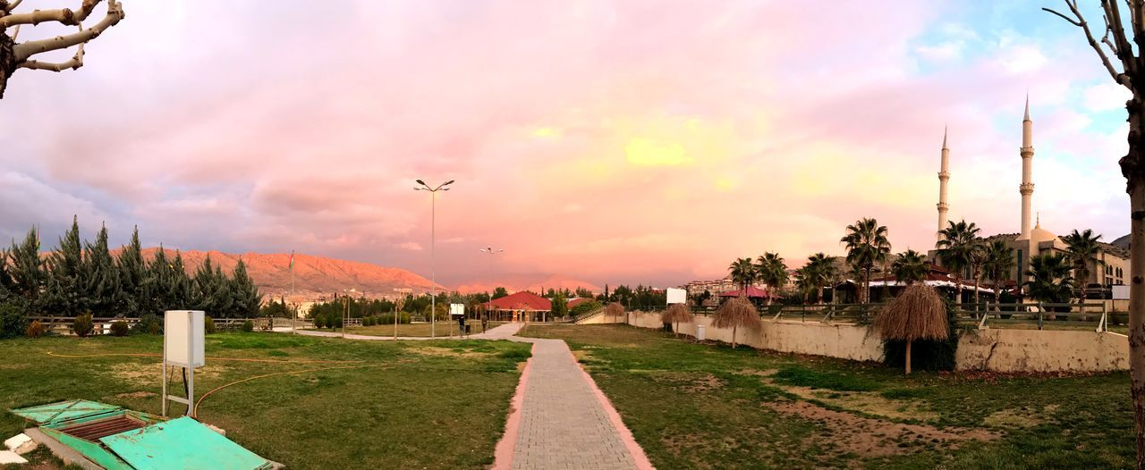 Barzani Park Sky Cloud - Sky Outdoors Nature Tree Sunset No People Beauty In Nature Day
